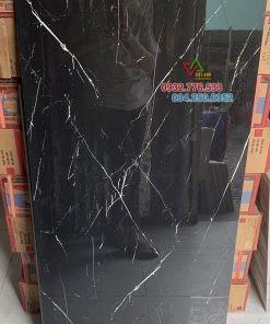 Gạch 60×120 hàng nhập khẩu TQ màu đen vân sọc trắng