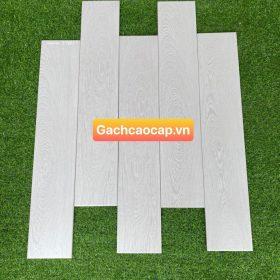 Gạch gỗ màu xám 15x80 thanh lịch