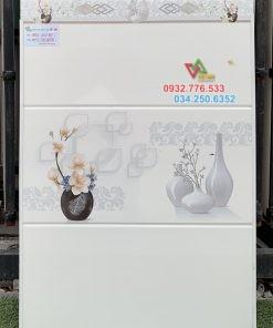 Gạch 30×60 ốp tường nhà sang trọng màu trắng