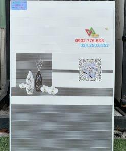 Gạch 30×60 ốp tường phòng ngủ họa tiết sang trọng