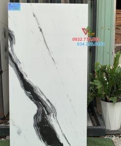 Gạch 60×120 màu trắng vân sọc đen